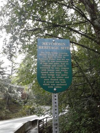 glen-forest-way-bridge-sign
